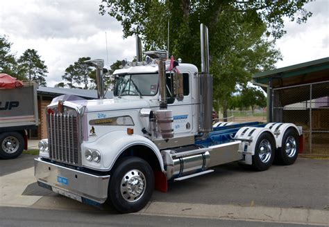 a model kenworth the world 39 s best photos of canberraconvoy flickr hive mind