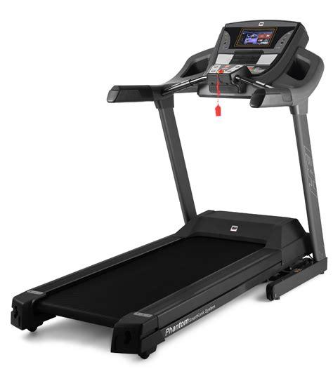 tapis de course avec tv bh fitness tapis de course phantom avec programmes interactifs virtuels