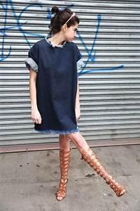 robe en jeans comment choisir et porter la tendance robe With quelle couleur avec le bleu marine 1 comment porter le pantalon carotte nos conseils en photos