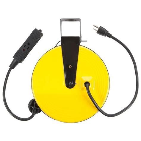 Amazon.com: Bayco SL-800 Retractable Metal Cord Reel with