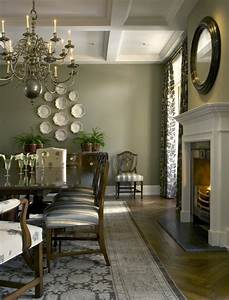 English Country House - Traditional - Dining Room