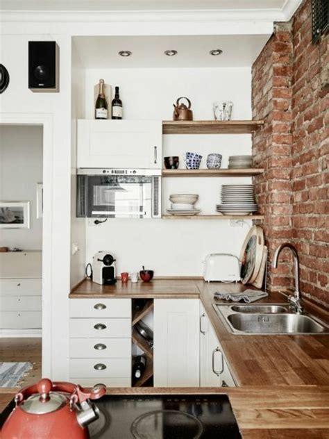 amenager la cuisine 1 la cuisine americaine ikea avec mur de briques rouges