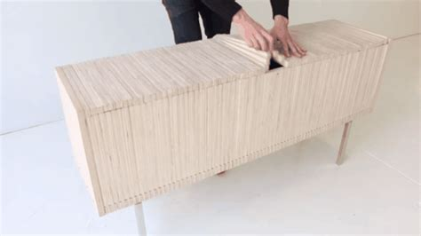 Stilvolle Wandgestaltung Mit Dem Wandregal Ctlinie by Spektakul 228 Re Sideboard Skulptur Aus Holz Freshouse