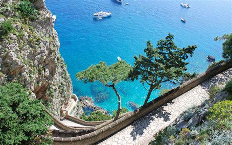 Amalfi Coast Speakzeasy