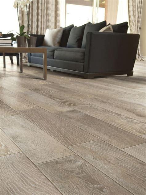 Modern Living Room Tile Flooring by Modern Living Room Floor Tile That Looks Like Wood A