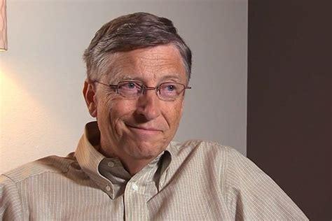 Bill Gates snobba l'iPhone e sceglie Android - iPhone Italia