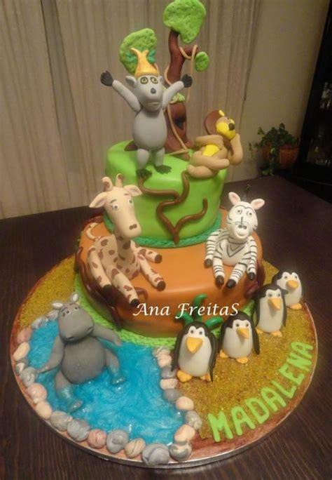 madagascar penguins cake  cake  colours