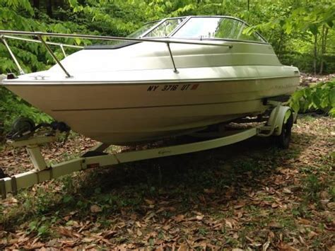 Bayliner Boats Lake George by Bayliner Cuddy Cabin New Drive Boats For Sale In