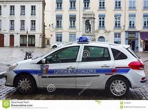 Voiture Police France : voiture de police locale lyon france photographie ditorial image 34738347 ~ Maxctalentgroup.com Avis de Voitures