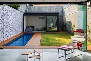 Kleiner Pool Für Terrasse : kleiner pool im garten selber bauen rechteckiger pool terrasse und rasenteppich ideen rund ums ~ Orissabook.com Haus und Dekorationen