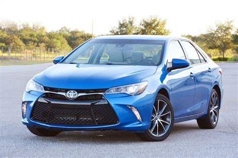 Review Toyota Camry by 2017 Toyota Camry Test Drive Review Autonation Drive