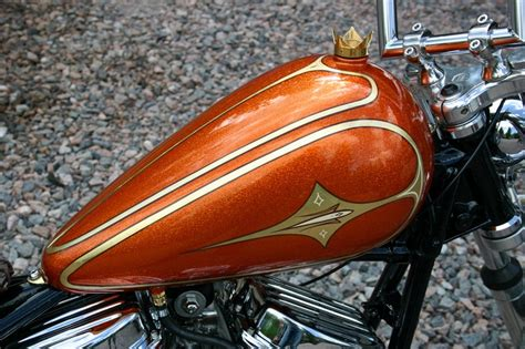 Gold Leaf And Pinstriping To Kaj Kokkinen´s Harley.
