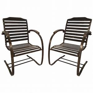Pair Of Vintage Metal Spring Chairs For Sale At 1stdibs