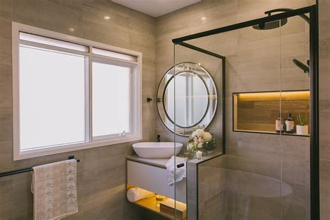 bathroom    bad reno turns beautiful