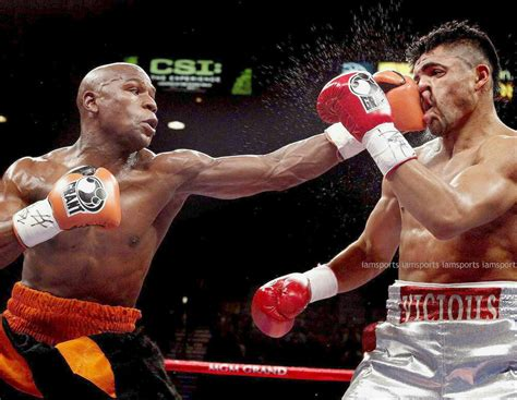 floyd mayweather jr  victor ortiz boxing fight