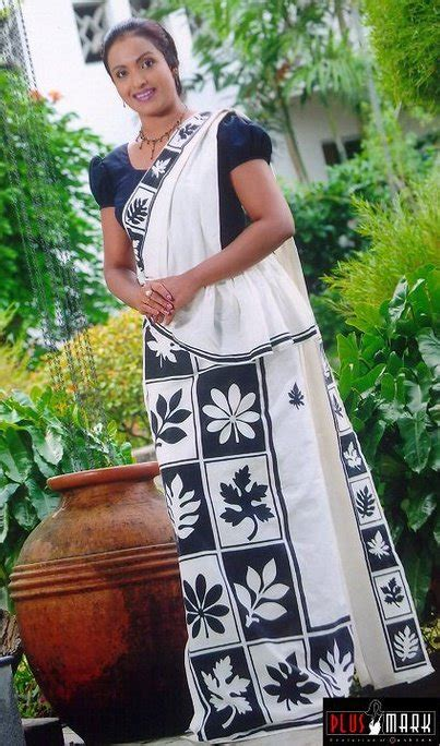 sri lankan traditional kandyan saree designs sunalie