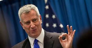 New York Gives de Blasio Highest Approval Rating in a Year