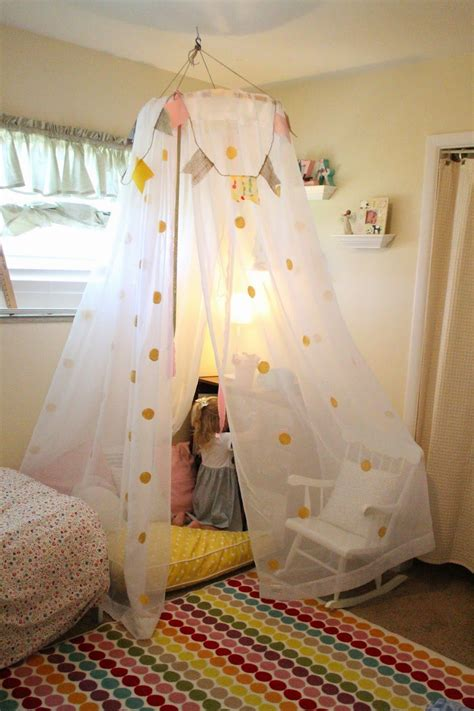 diy canapé vignettes diy no sew tent canopy tutorial the