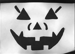 Halloween Kürbis Schablone : k rbisschnitzvorlagen halloween schnittmuster halloween ~ Lizthompson.info Haus und Dekorationen
