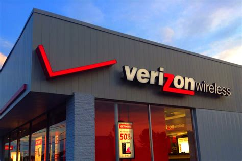 Verizon has deals on Samsung phones, the Galaxy Watch, and ...