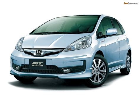 Honda Fit Hybrid RS (GP1) 2012 pictures (1024x768)