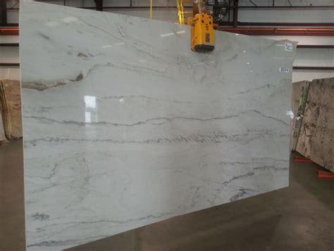 white macaubas quartzite  kitchen  bathroom