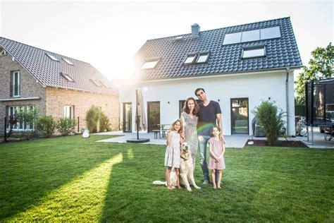 Baugenehmigung Worauf Beim Hausbau Zu Achten Ist by Hausbautipps24 Worauf Sie Beim Bauvertrag Achten Sollten