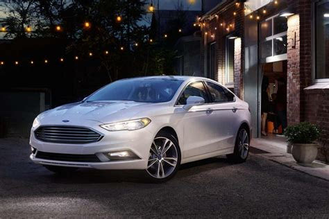ford fusion white color  night hd images