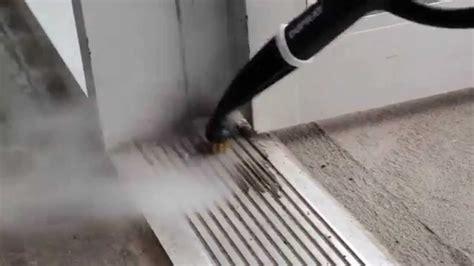 comment nettoyer les rails de porte en aluminium avec un nettoyeur vapeur