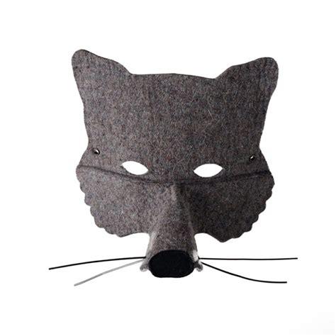 chambre fille noir et blanc masque loup gris frida 39 s tierchen pour chambre enfant