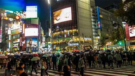 minutes  shibuya crossing   saturday night youtube