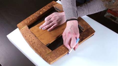 comment renover une chaise en bois comment rénover une chaise en bois avec rembourrages