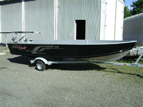 Alumacraft Boats For Sale In Ct by 2015 Alumacraft V16 W Floor Guilford Connecticut Boats