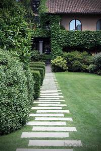 landscape stepping stones 30 Best Decorative Stepping Stones (Ideas and Designs) 2019