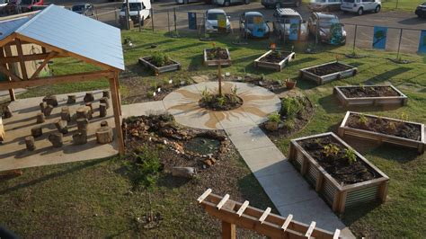 college gardens elementary school the blossoming health benefits of school gardens cnn