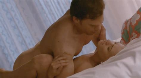 Yvonne Strahovski Nuda In Dexter