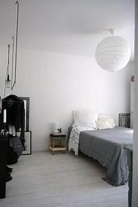 Chambre Gris Blanc : chambre style scandinave blanche grise et noire ~ Melissatoandfro.com Idées de Décoration