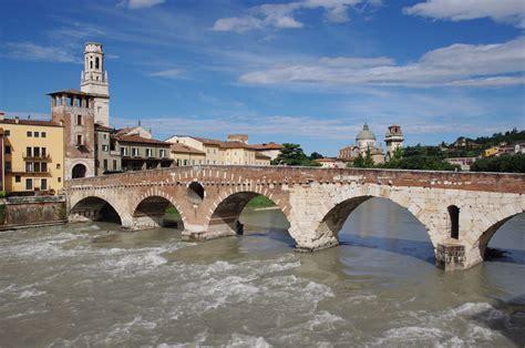 File20190720 Verona Ponte Pietra Imgp3107 Wikimedia