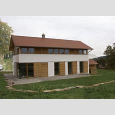 Modernes Bauernhaus In Ländlicher Umgebung (niederbayern