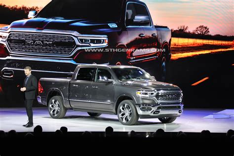 "2019 Ram 1500 Wins Carscom ""best Of Show"" Award  5th Gen"