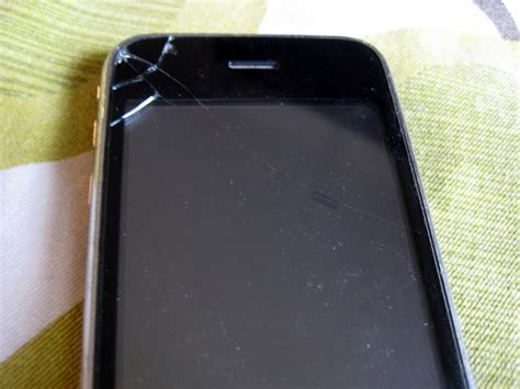 fix broken iphone screen c r a f t 76 how to replace a broken iphone