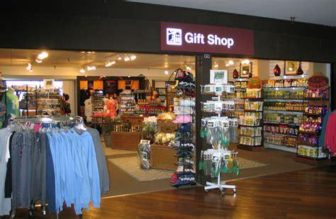 Hilo International Airport | Shop & Dine