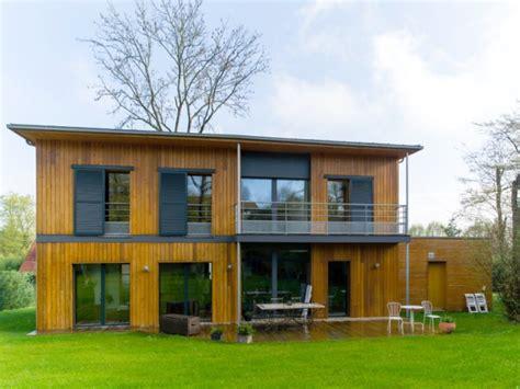 une maison passive en bois b 226 tie 224 l or 233 e de la for 234 t