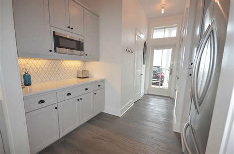 white arabesque tiles cottage kitchen lollygag beach