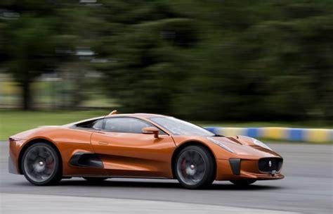 quotazioni auto al volante felipe massa come bond al volante della jaguar c x75