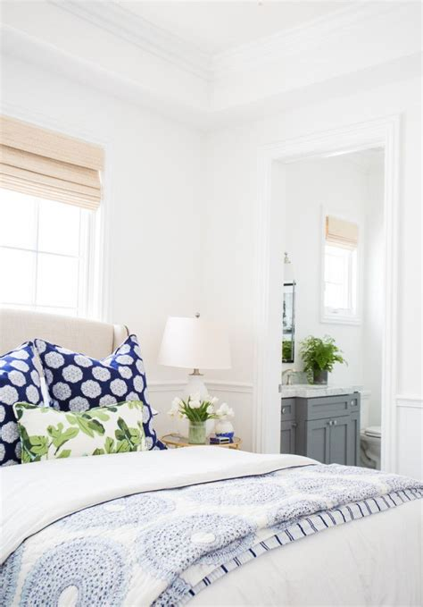 blue and white bedroom 25 best ideas about blue white bedrooms on pinterest 14613 | 3147c74cd73dc6c52c941aa6238c920d