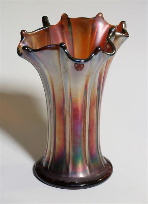 carnival glass vase file carnival glass vase jpg wikimedia commons