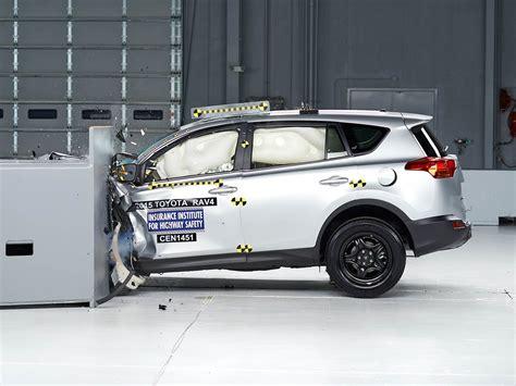 toyota rav driver side small overlap iihs crash test