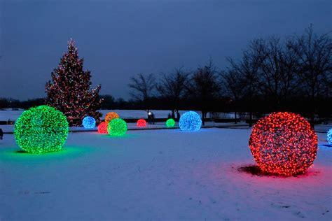 led light balls at the chicago botanical gardens