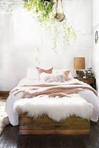 Pintrest Bedrooms by 3 Tips And 30 Ideas To Refresh Your Bedroom Digsdigs